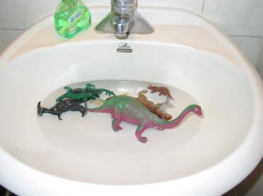 Dinosbathing